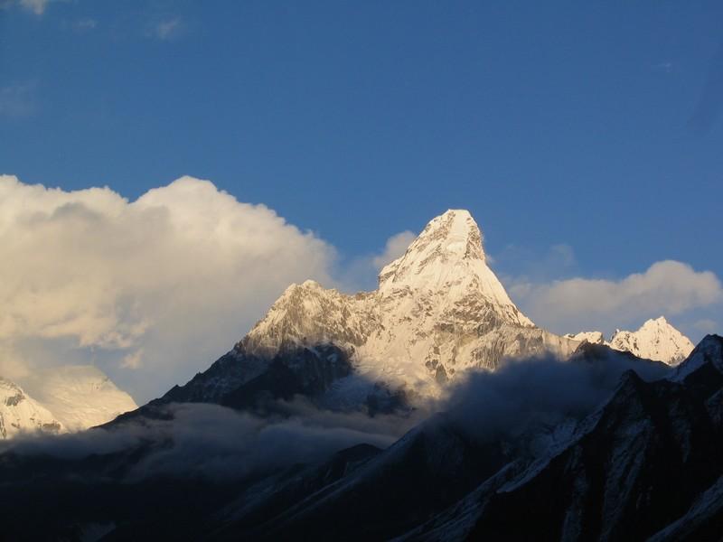 Sommet de l'Ama Dablam région Everest