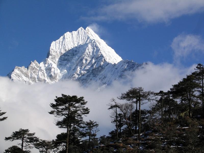 Sommet du Thamserku région Everest