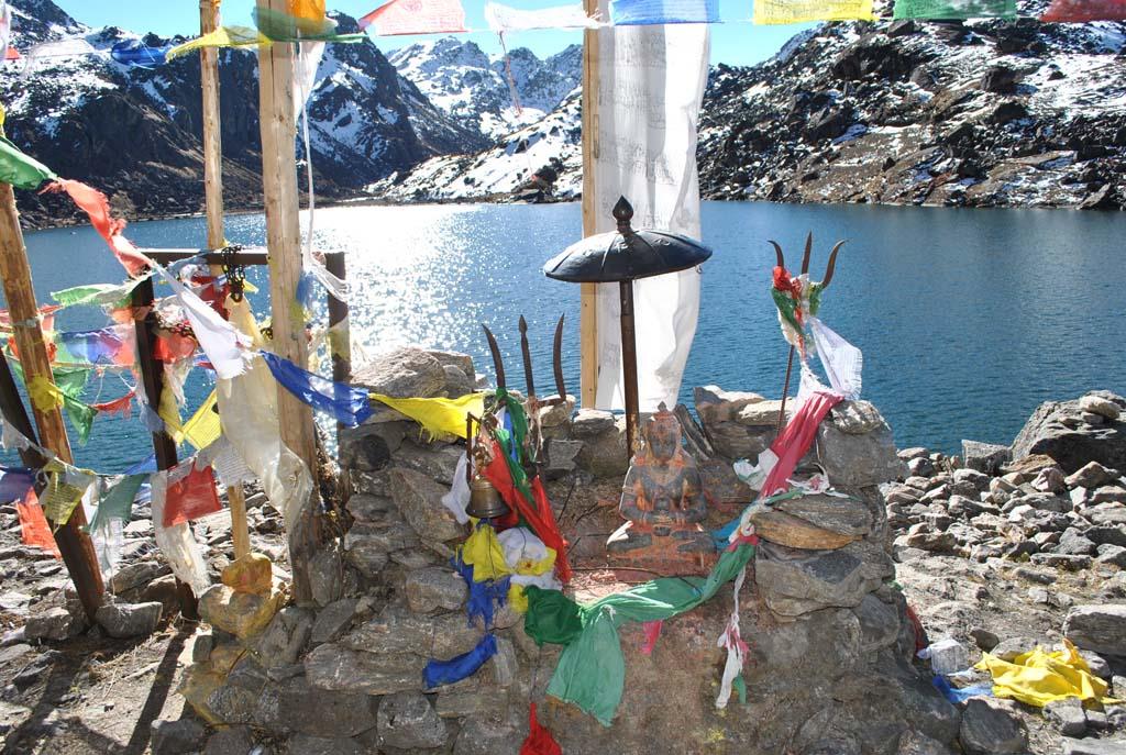 Lac Gosainkung sur le trek du Langtang