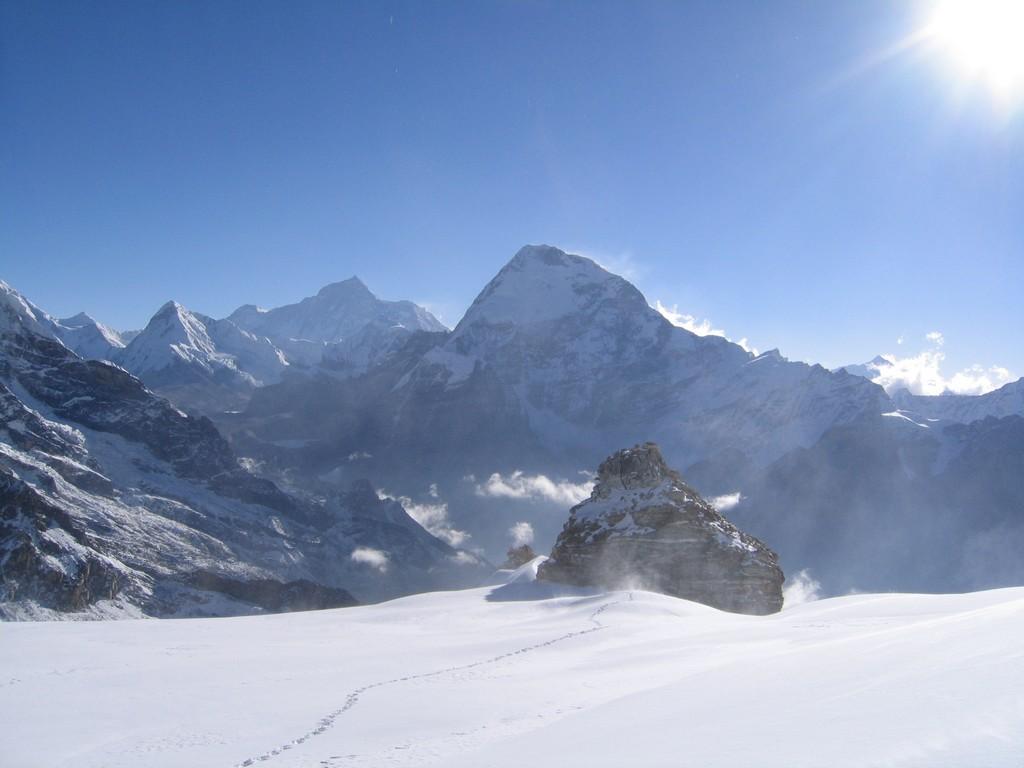Ascension du Mera peak